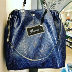 Star's Blue Navy Tasma bag